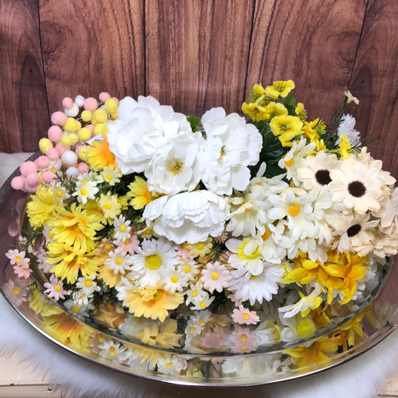 Bundle Ashland Spring Yellow White Flowers Garland